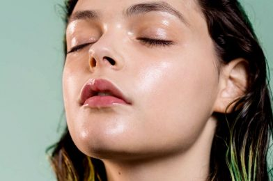 Reduce Oily Skin At Home With 10 Simple Ways