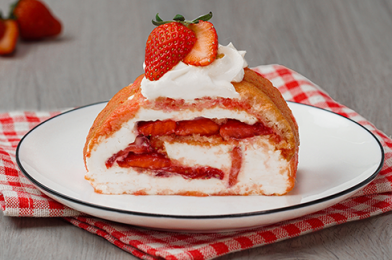 Summer Strawberry Cake Roll with Mascarpone Filling